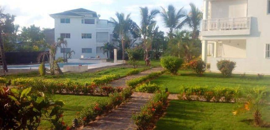 Alquilamos apartamento en residencia frente al mar